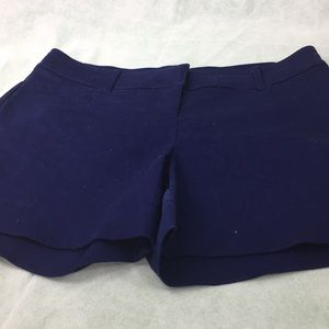 The limited ladies shorts size 8